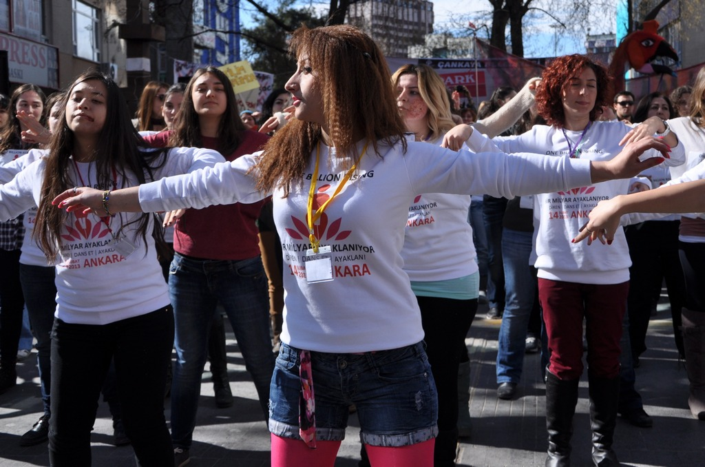 galeri-2213-one-billion-rising-12.jpg