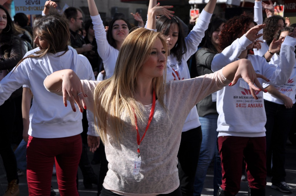 galeri-2213-one-billion-rising-20.jpg