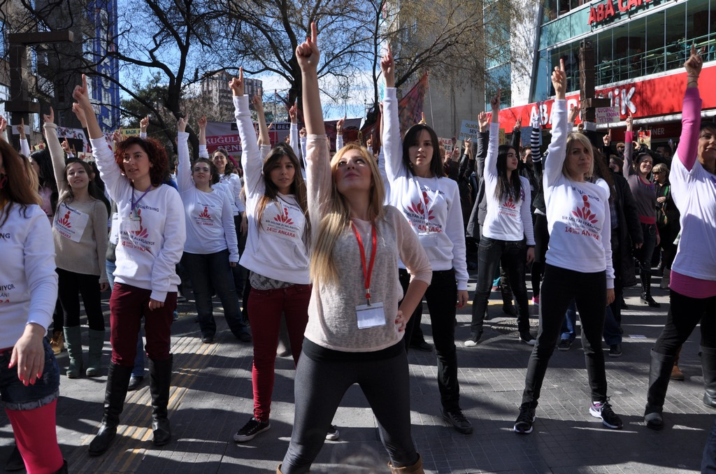 galeri-2213-one-billion-rising-3.jpg